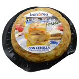 Tortilla fresca de patata con cebolla